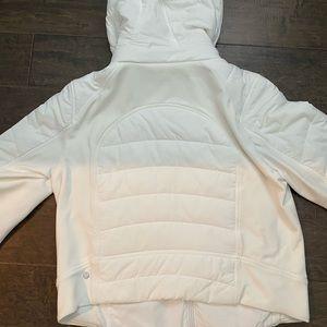 Lululemon, size 10 White jacket. Gr8 4 cold days.